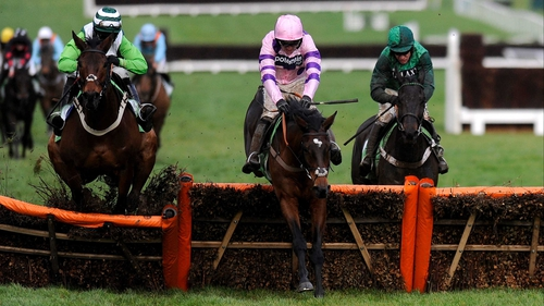 Winner Zarkandar leads Rock On Ruby (l) and eventual runner-up Grandouet (r) in the 2012 International Hurdle at Cheltenham