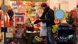 Irish consumers expect to spend on average €600 this festive season
