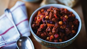 Slow-cooked Meaty Chilli