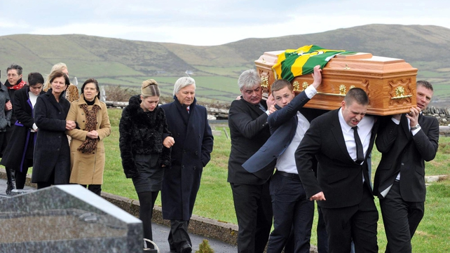 Paídí Ó Sé's funeral took place in Ventry today