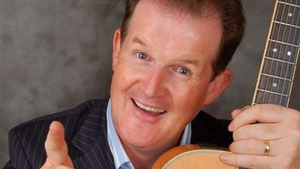Aonghus McAnally presents Late Date on RTÉ Radio 1