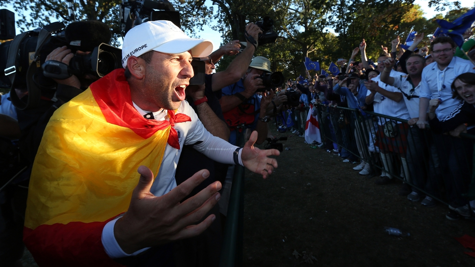 Sergio Garcia celebrates the dramatic 14.5 - 13.5 win for Europe after an amazing comeback