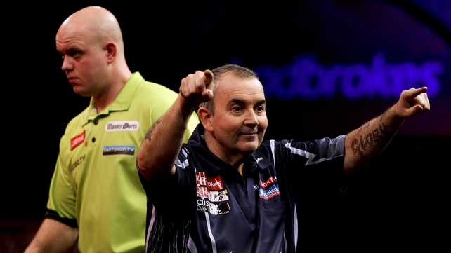 Phil Taylor beat Michael van Gerwen in the PDC World Darts Championship final