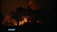 Tasmania wildfires force thousands to flee their homes