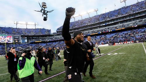 The Baltimore Ravens advanced at the expense of the Indianapolis Colts in legendary linebacker Ray Lewis' final season in the NFL