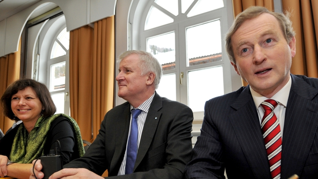 Enda Kenny attended a news conference with German Minister of Agriculture Ilse Aigner and CSU Chairman Horst Seehofer