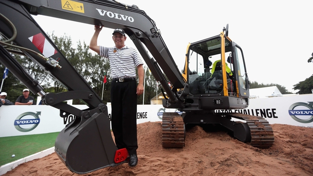 Louis Oosthuizen poses with his favourite new toy