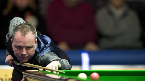 Higgins clears first hurdle in his quest for a third Masters crown