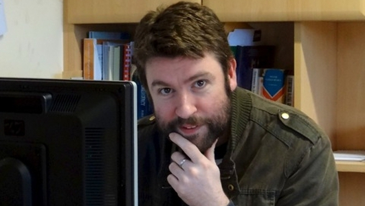 Andy Caomhánach 'fear na ríomhairí'.