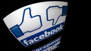 Facebook buys online video advertising technology company LiveRail