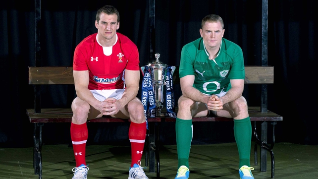 Jamie Heaslip with Wales captain Sam Warburton at the launch