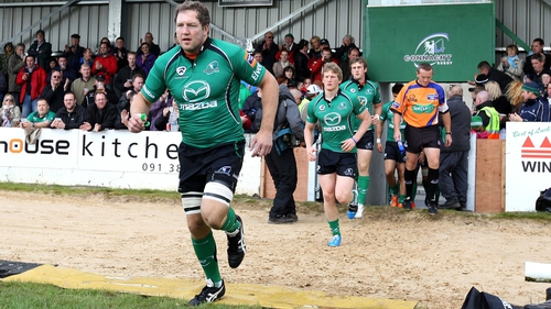 Michael Swift will lead Connacht out against Zebre
