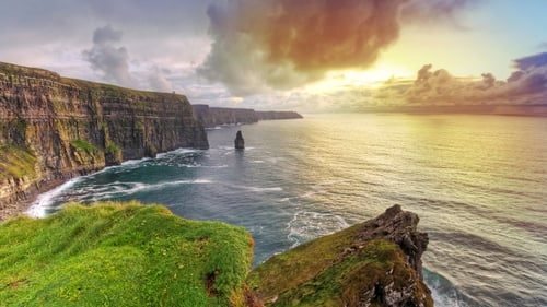 8 million tourists travelled to Ireland this year, a 7% increase on 2012.
