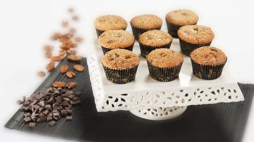 Pecans and maple sauce are a staple of North America, so Rachel encorporates them into a delicious muffin recipe