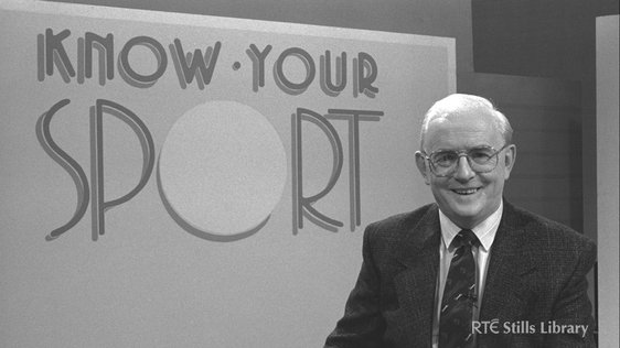 Jimmy Magee presenting 'Know Your Sport' in 1991