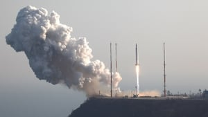 KSLV-1 (Naro) rocket lifts off from the launch pad at Goheung Space Centre