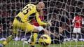 Reina plays down Barcelona link