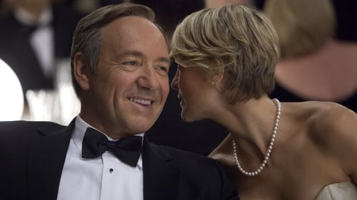 (Kevin Spacey and Robin Wright return to play Francis and Claire Underwood in House of Cards