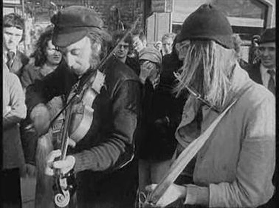 Buskers on Grafton St 1974