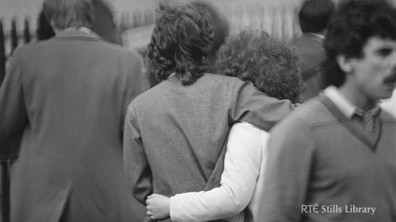 Young Couple in Dublin City Centre (1981)