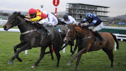 Melodic Rendezvous (r) will head for Exeter rather than Leopardstown