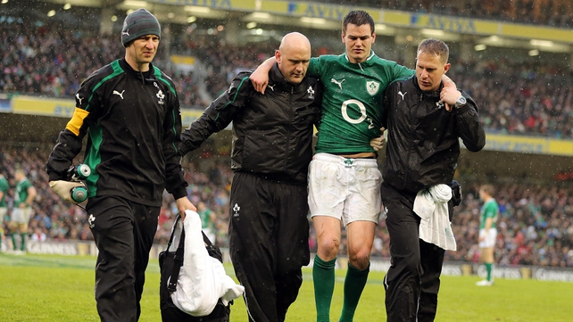 Johnny Sexton lasted just half an hour when Ireland lost to England in last season's encounter, going off with a hamstring injury