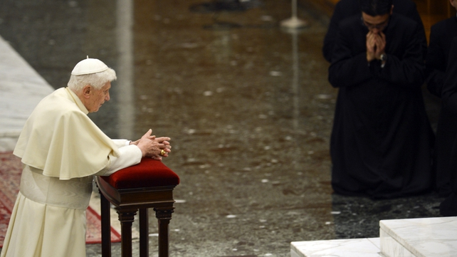 Pope Benedict XVI prays during his visit at the Pontificio Seminario Romano Maggiore on 8 February
