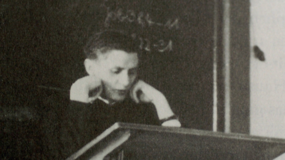 Joseph Ratzinger gives a theology lecture at the University of Freising during the summer semester in 1955