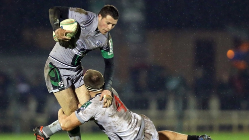 Henshaw resumes his role at No 15 for Connacht