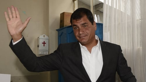 Ecuador leader Rafael Correa discussed case of Edward Snowden with US Vice President Joe Biden