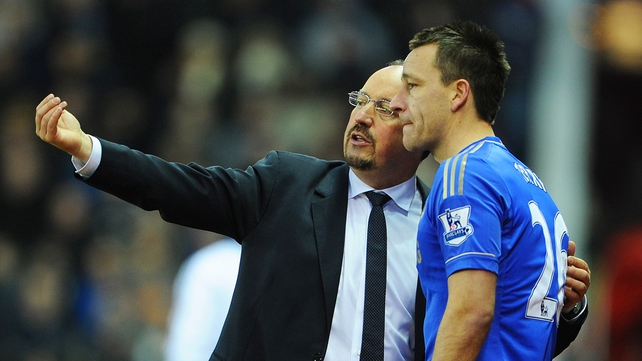"Benitez having a ""normal talk"" with John Terry"