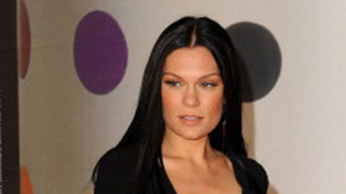 Jessie J has a crisis of confidence
