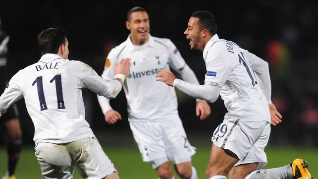 Mousa Dembele's late goal saw  Tottenham into the last 16