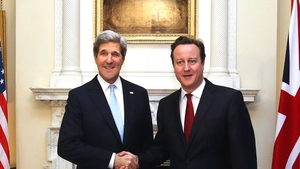 US Secretary of State John Kerry met British Prime Minister David Cameron