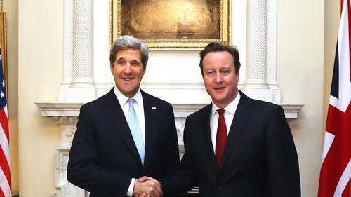 US Secretary of State John Kerry met British Prime Minister David Cameron