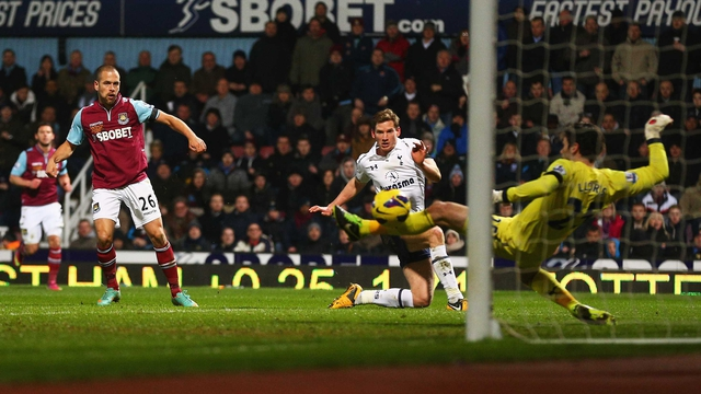 Joe Cole slots home