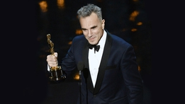 Daniel Day-Lewis announces retirement from acting | RTÉ News