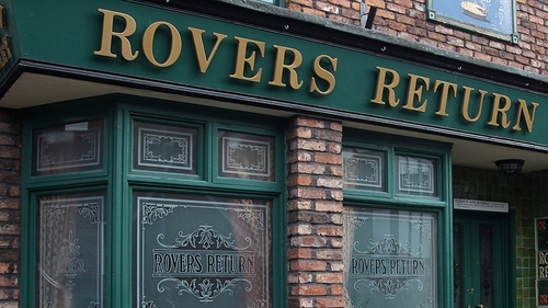 The Rovers - Will Stella (Michelle Collins) have to sell?
