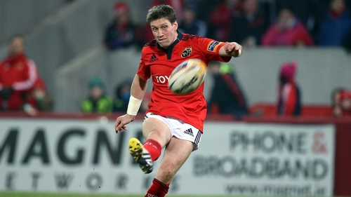 Ronan O'Gara scored two penalties and a conversion in Munster's draw at Thomond Park