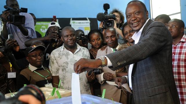 Uhuru Kenyatta is leading in Kenyan elections