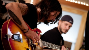Grohl on guitar