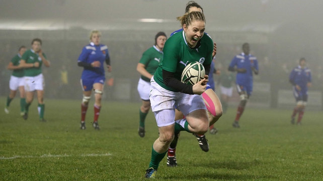 Niamh Briggs goes over for an Ireland try