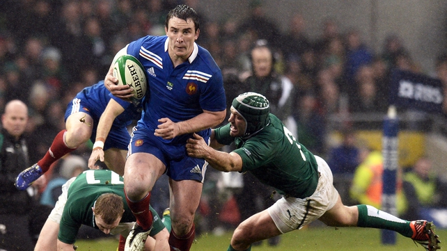 Louis Picamoles dropped for clash against Scotland