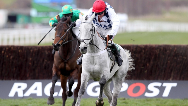 Simonsig had to fend off the determined challenge of Bailey Green