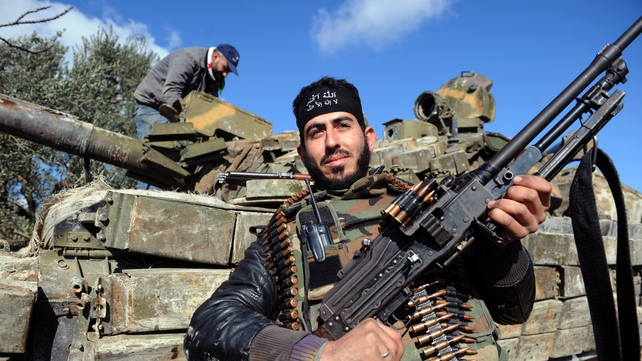 French President Francois Hollande wants the arms embargo for Syrian rebels lifted