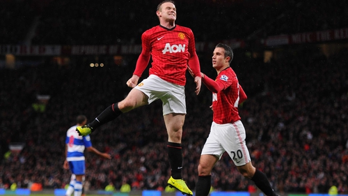 Wayne Rooney celebrates his winner against Reading