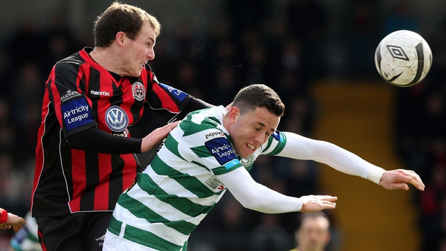 Derek Pender of Bohemians and Shamrock Rovers' Billy Dennehy