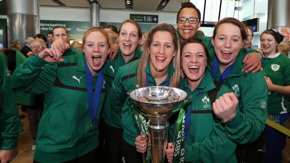 Fiona Hayes, Shannon Huston, Alison Miller, Sophie Spence, Lynne Cantwell and Niamh Kavanagh