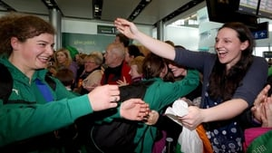 Jenny Murphy is welcomed home