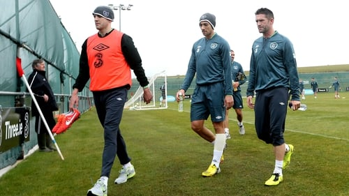 Robbie Keane (right) knows that Ireland's clash with Sweden must not end in defeat for his side